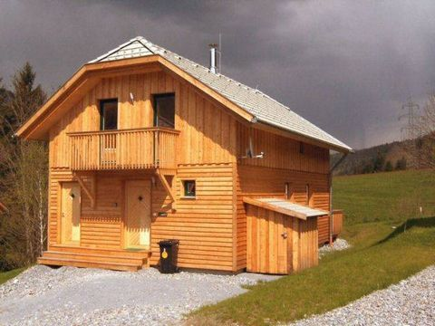 This attractive holiday resort, situated between Murau and St. Lorenz, is surrounded by a magnificent landscape and has a direct view of Kreischberg mountain. Peaceful, yet centrally located, this place will provide all the peace and harmony you need...