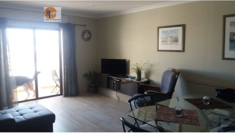 Apartment in Altura, near the beach, for rent from October to May. This property is situated in a quiet area, close to cafes, restaurants, super markets. This consists of 2 bedrooms, 1 living room, 1 kitchen, 1 toilet, 1 dispensation. It has a balcon...