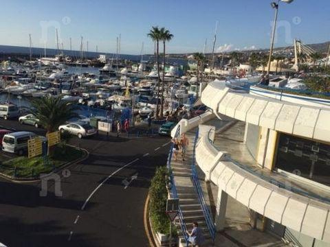 Referencia: 01981. Primera línea, Local comercial en venta, Puerto Colon, Las Americas (Adeje), Tenerife, 43 m², 127.500 €