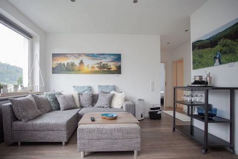 The house is on a hill at the edge of the woods. The warmth of the house is immediately apparent upon entering. The living room offers everything you need for a carefree holiday. A smart TV with Dutch channels provides a relaxed atmosphere. Preparing...