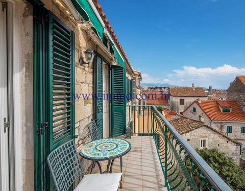 4 star guest house for sale, located in the center of the old part of Split, only a short walk from Diocletian's Palace, restaurants, shops and market. The building is 1100 years old, completely renovated in 2005 (new, roof, floors, electrical and pl...