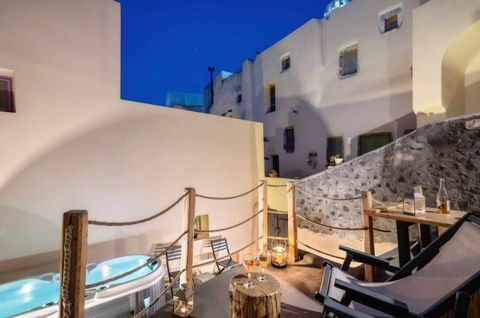 Cave House in Santorini, Emporio-Kasteli, newly built cave house of 68 m,, ground floor, traditional, Villa in the Traditional Settlement with 40 sqm yard, 1, 5 km from Perivolos beach. Fully renovated and furnished (part of a complex of 6 apartments...
