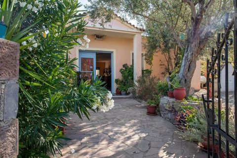 Located on the slope of a hill overlooking the bay of Petra in Lesbos, this apartment has 1 bedroom for housing 3 people. Ideal for a small family on a vacation, the home features a swimming pool for taking a cool refreshing dip. This home is easy wa...