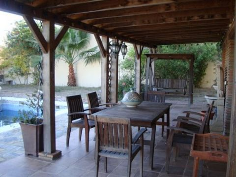 3 levels Lovely Villa for rent in Alcaidesa with private swimming pool, gardens and large covered porch area. Total privacy. No neighbours. Viewing recommended. PERFECT TO BUILD A B&B HOTEL.