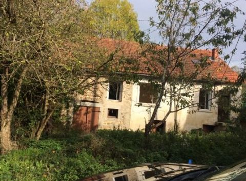 Fantastic 3 Bedroom House with Spacious Plot, Lapalisse, Allier, France Euroresales Property ID – 9826332 PROPERTY LOCATION Cambaret Auvergne Allier 03120 France PROPERTY OVERVIEW With its laid-back atmosphere, stunning architecture, iconic landmark ...