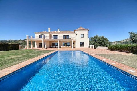 Stylish quality mansion on a big flat plot, south facing with great views to the Coast and the Mediterranean. Very private and quiet, close to the Marbella Club Golf clubhouse and the horse riding stables. Gated community with 24hrs security, appr. 1...