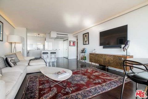 Detailed Description: Hotel-style living in the renowned Shoreham Towers. Stunning designer unit in one of the best view buildings in Los Angeles., perched overlooking the Sunset Strip. Walk to the best restaurant, cafes and bars or enjoy some of the...