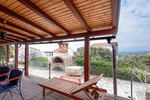 This holiday home in Mandre comes with 3 bedrooms and can accommodate 10 guests. Ideal for families and groups traveling together, it comes with a barbeque for relishing delicious grilled food in the ample seating area in the veranda. Notably, Mandre...