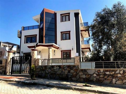 Superb 4 Bedroom Villa in Kusadasi Turkey Euroresales Property ID – 9824958 Property information: This property is a superb three floor villa located in Kusadasi, Ladies Beach, Nihavent Villas, Turkey. The property consists of 4 bedrooms, 2 of which ...