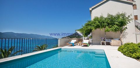 Newly built mini hotel for sale, situated on the plot of 1200 sq.m. in an attractive location on the Pelješac peninsula, direct on the seafront. It is positioned close to the village center and near all amenities. There is a beautiful beach in front ...