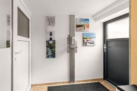 Mit eleganter und hochwertiger Innenausstattung bietet dieser 1-Schlafzimmer Wohnung in Düsseldorf einen luxuriösen Aufenthalt. Die Wohnung ist ideal für eine Familie oder eine Gruppe von 4 Freunden. Die voll ausgestattete Küche lädt zum gemeinsamen ...