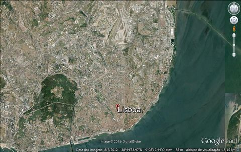 Predio com 9300m² acima solo para remodelação habitação serviços etc junto Parque das Naçoes.