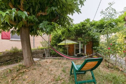 This holiday home in Félines-Minervois with 1 single and 1 double bed is an ideal romantic getaway for a couple looking to carve a space for themselves in an idyllic and tranquil setup. There is a fenced garden where you can lie on the hammock taking...