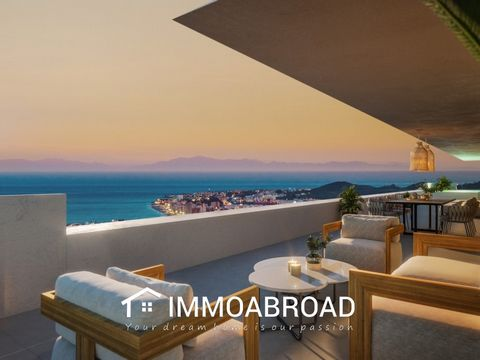 Stunning residential complex of only 27exclusive homes divided into two blocks within the unbeatable location and very peaceful and quiet area between Benalmadena and Fuengirola with spectacular panoramic views of the coast and theThe Mediterranean c...