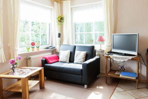 A beautiful apartment is in the village of Bettenfold, this village is in the heart of the Eifel Volcano area. The area is famous for its unique volcanic landscape. Ideal for a group of friends or family, this home can accommodate 4 people in a bedro...