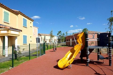 Domaine Golf de la Cabre d'Or is a medium-sized holiday park in a quiet, green environment. It consists of dozens of connected houses and apartments. They are all well furnished and equipped with a complete kitchenette and a balcony or terrace / gard...