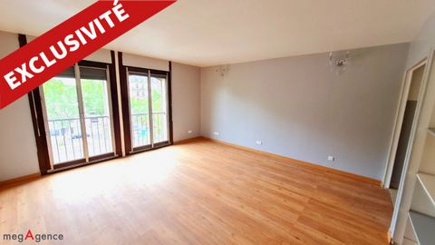 On the mythical Avenue Charles de Gaulle - M° Pont de Neuilly : Large modern studio of around 37m². On the 4th floor of a luxury residence of the 80's with concierge. Ideal for liberal profession or investor. Excellent general condition, renovated, i...