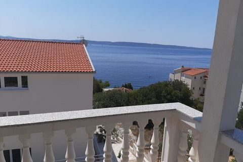 This charming apartment on a second floor in Okrug Gornji is a family stay for taking a quick city break. A family of 4 can stay in its 2 bedrooms. You are only 300 m away from the lovely beach of Bocici for chilling. There is a beautiful balcony/ter...