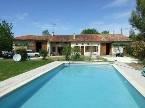 In the heart of a quiet hamlet on the the Charente-Dordogne border, close to the village of Aubeterre-sur-Dronne (listed as one of the